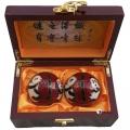 红色熊猫景泰蓝健身球高档木盒装